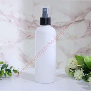 BOTOL SPRAY 250ML PUTIH TUTUP NATURAL