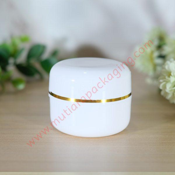 pot nano putih